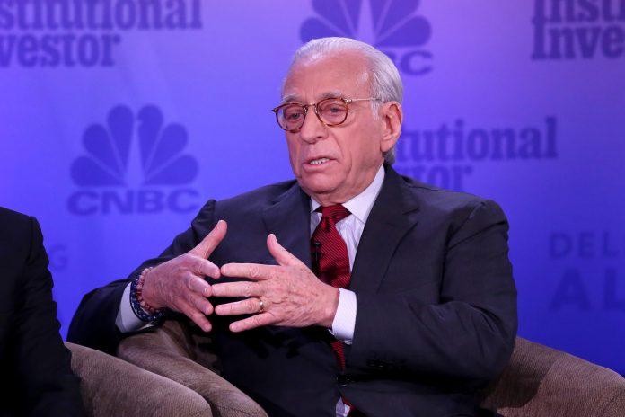 Investor Nelson Peltz apologizes for voting for Trump
