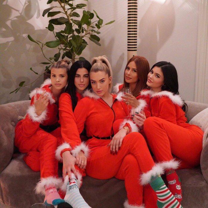 Kylie Jenner Appears to Unfollow Rosalia, Sofia Richie & More Friends - E! Online