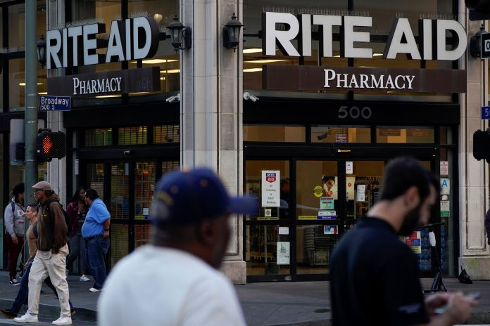 Rite Aid CEO expects states to tap retailers to speed up Covid vaccine rollout