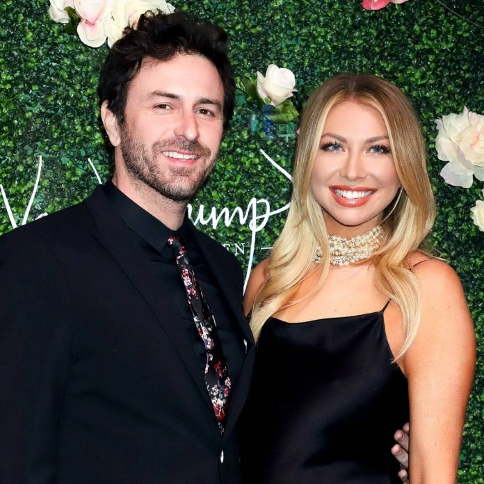 Stassi Schroeder Shares First Photos of Baby Girl Hartford - E! Online