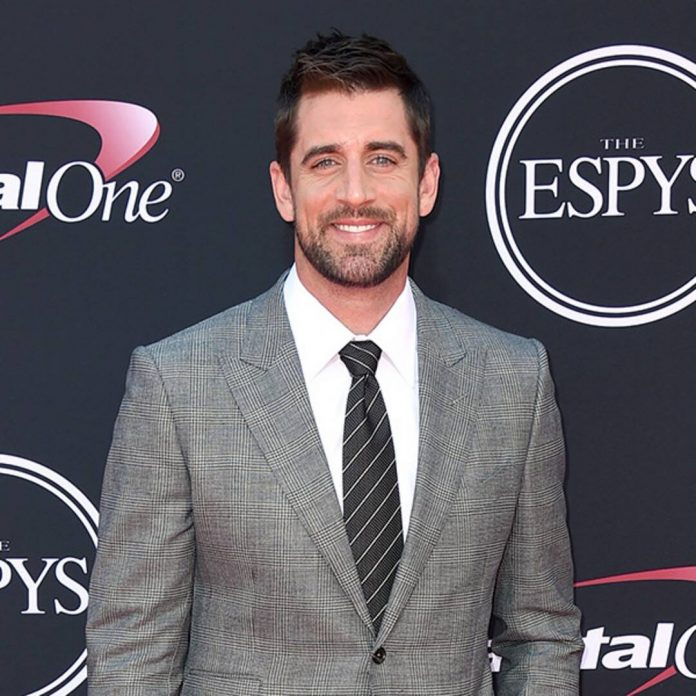 Aaron Rodgers Announces He's Engaged During NFL Honors - E! Online