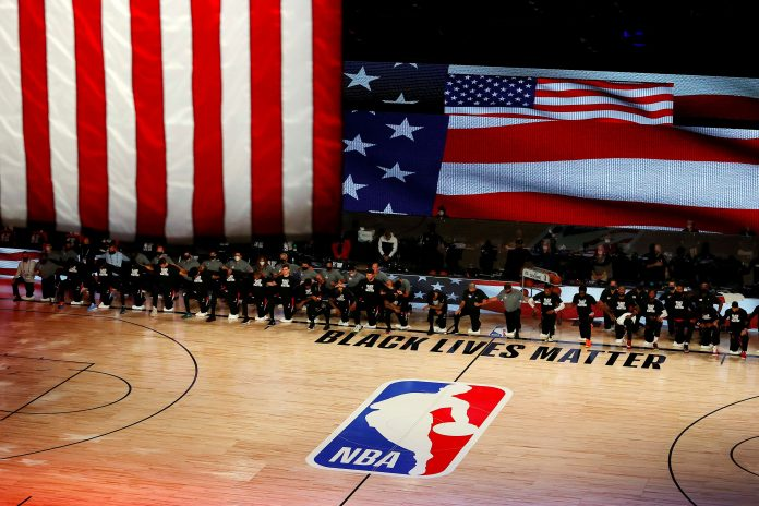 Dallas Mavericks bring back national anthem after NBA policy order