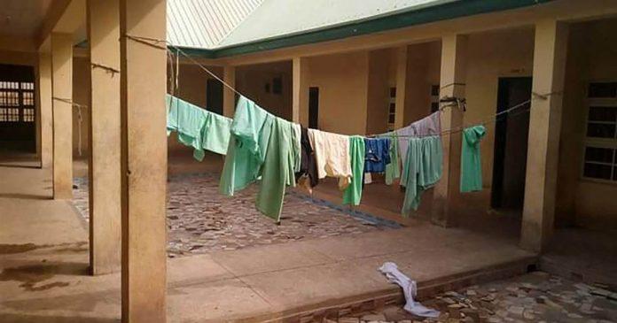 Gunmen kidnap more than 300 schoolgirls in northwest Nigeria