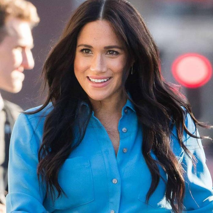Here's the Powerful Message Behind Meghan Markle's Pregnancy Outfit - E! Online