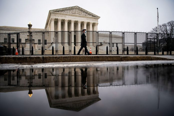 Supreme Court to review Trump's 'public charge' immigration rule