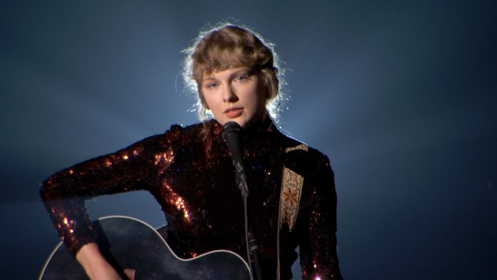 Taylor Swift rerecords 'Fearless,' releasing 'Love Story' at midnight