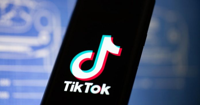 Trump pushes TikTok ban, Hope Mars probe launched - Video