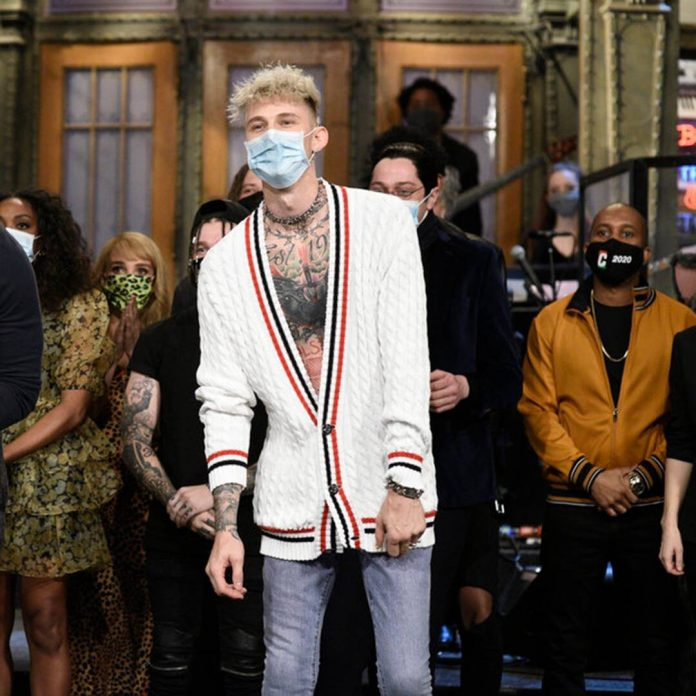 Watch Pete Davidson & Machine Gun Kelly Fall Off the SNL Stage - E! Online