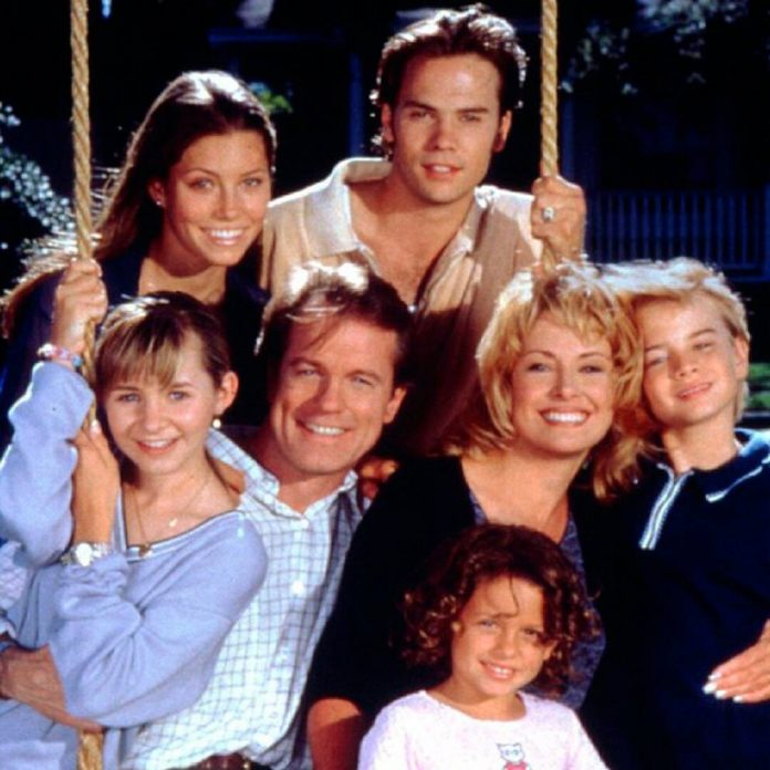 Where Is the Cast of 7th Heaven Now? - E! Online