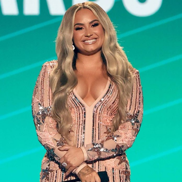 Demi Lovato on How She Lost Weight on Her Journey Towards Self-Love - E! Online