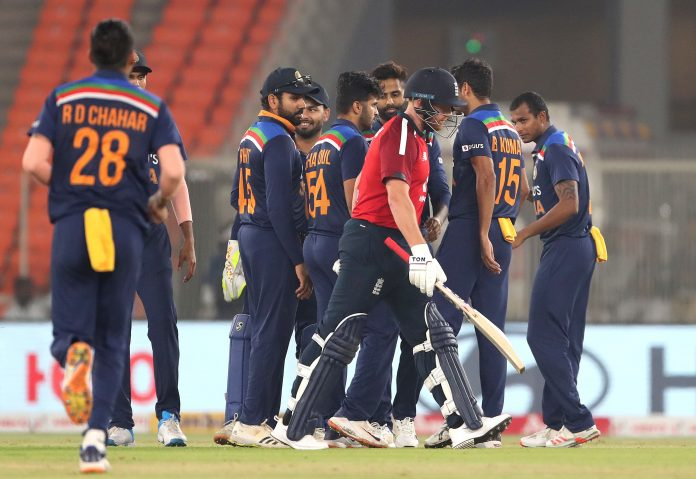 England collapse to T20 series defeat to India