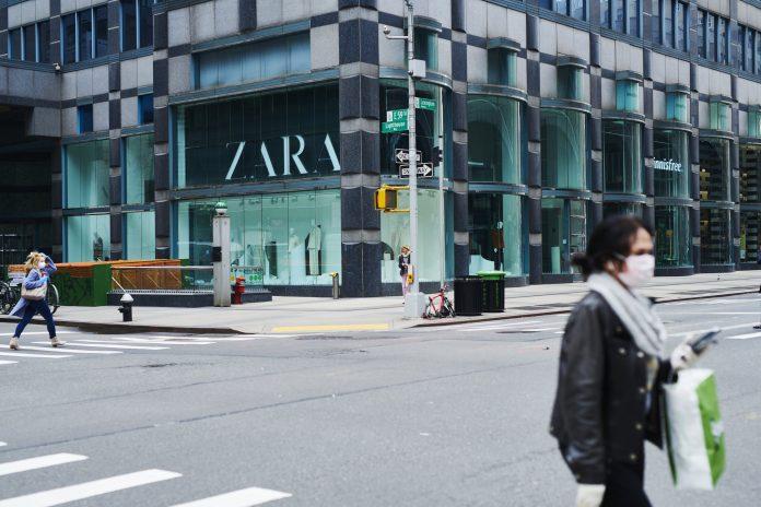 Inditex's 2020 net profit falls 70% as pandemic keeps many shops closed