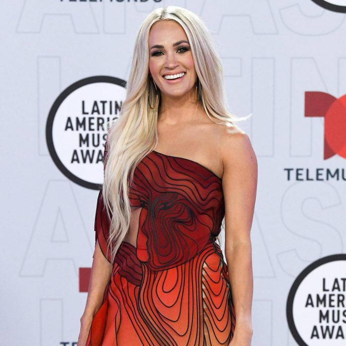 Carrie Underwood Steals the Show in Butterfly Gown at 2021 Latin AMAs - E! Online