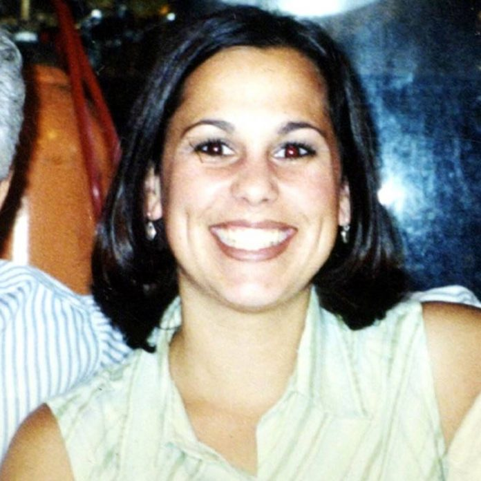 Why the Laci Peterson Murder Case Has Never Been Able to Rest - E! Online