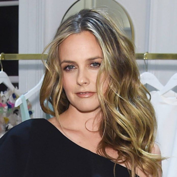 Alicia Silverstone Reveals We've Been Pronouncing Her Name Wrong - E! Online
