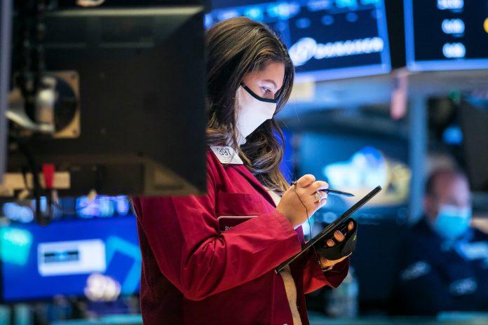 Cramer highlights 5 'low-effort' stocks for retail investors