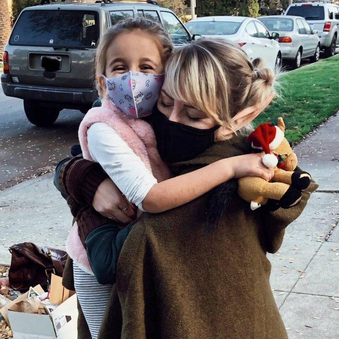 Oprah Winfrey Sends 5-Year-Old Girl and Her Fairy Friend to Disneyland - E! Online