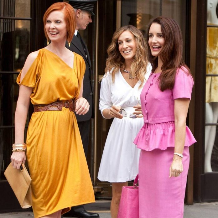 Sarah Jessica Parker Shares First Pic From SATC Revival - E! Online
