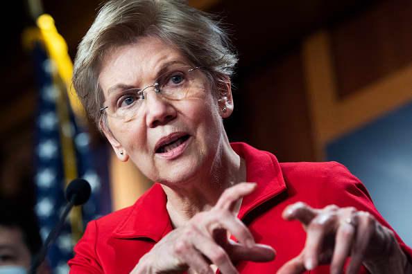 Elizabeth Warren targets Jeff Bezos in wealth tax push
