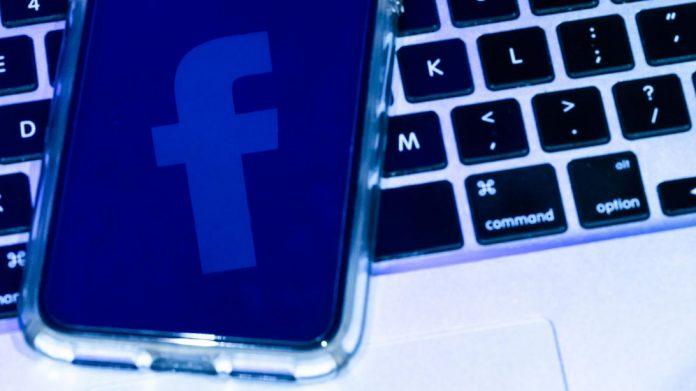 facebook-logo-8037