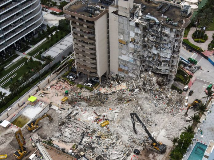 Miami-Dade mayor signs order to demolish rest of building