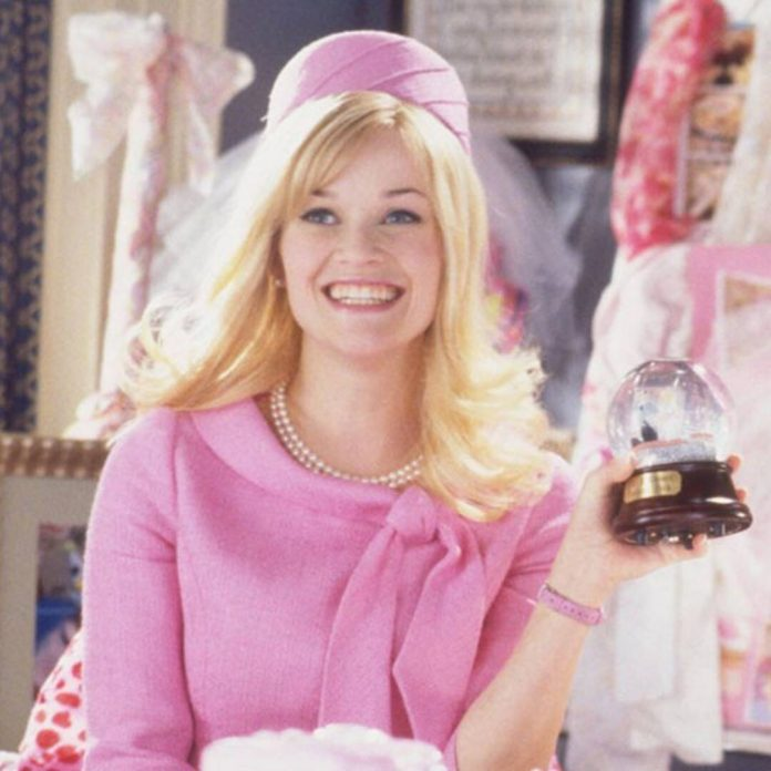 You'll Bend & Snap Over These Unseen Legally Blonde Photos - E! Online