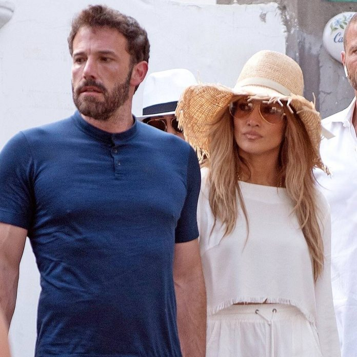 Jennifer Lopez, Ben Affleck and More Stars Enjoy Vacations in Italy - E! Online
