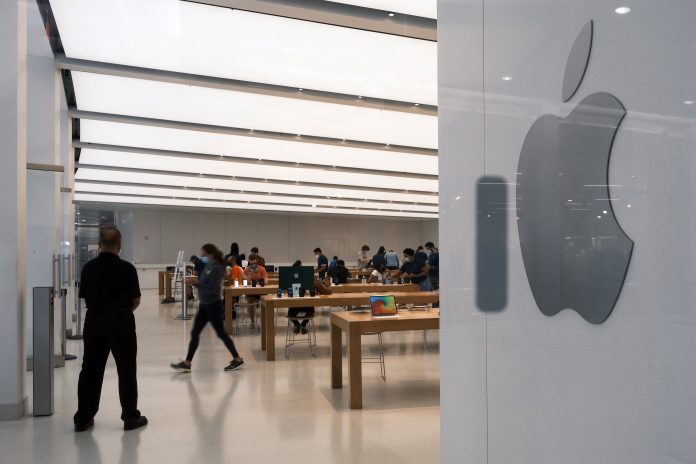 Why Apple shareholders after earnings selloff shouldn't be too worried