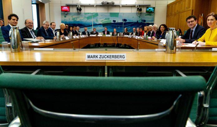 markzuckerberg-emptychair