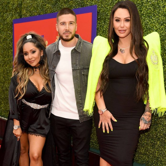 How Snooki & JWoww Played Matchmaker for Jersey Shore's Vinny