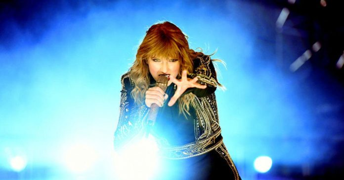 Taylor Swift's Spotify deal and Samsung's six-camera superphone (CNET UK Podcast 548 show notes)