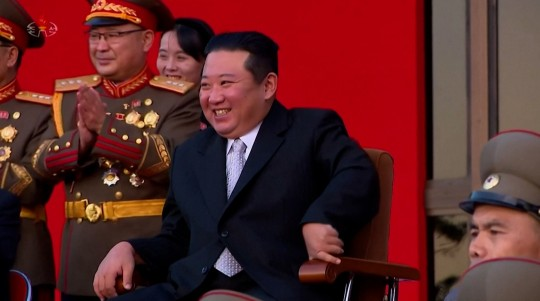 GRABS - North Korean leader watches extreme martial arts performance