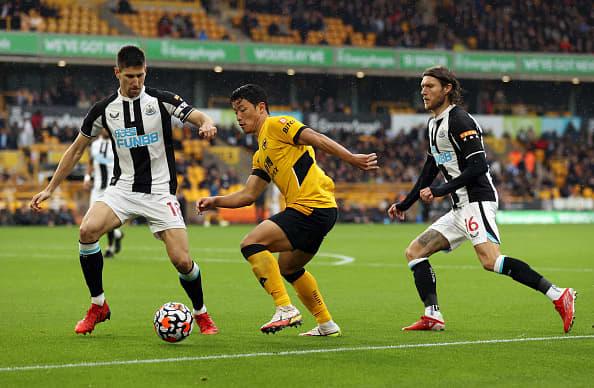 Saudi wealth fund buys England's Newcastle United soccer team