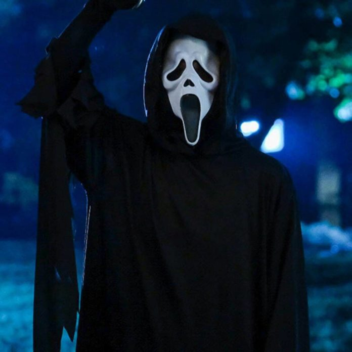 Scream's First Trailer Is as Bloody & Chilling as You'd Expect